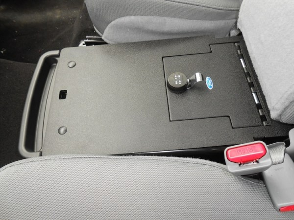ford_f150_2011-2014_cv1049_Under-Seat-Console