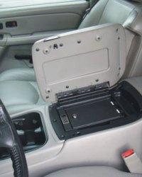 gmc_sierra_2003-2006_cv1002_full-floor-console