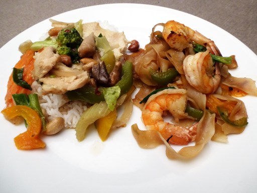 Cashew Nut Chicken And Flat Rice Noodles with Shrimp