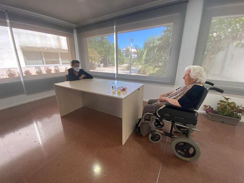 La Residència De Manacor Reprén Les Visites Dels Familiars Amb Limitacions De Temps I Amb Protocols De Seguretat