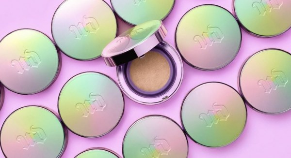 คุชชั่น UD Naked Skin Glow Cushion Compact Foundation