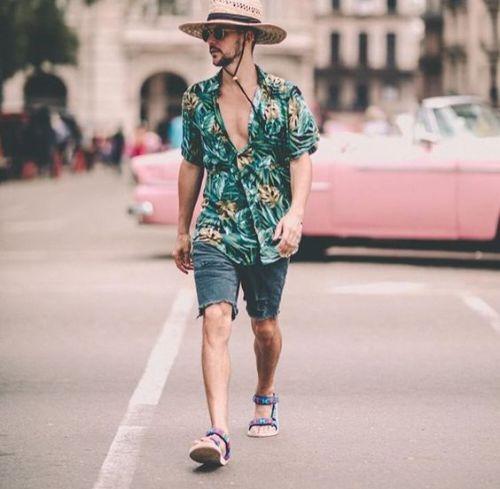 Hawaii_ShortJeans