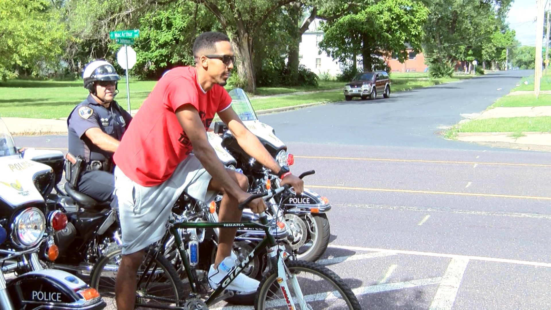Shaun Livingston bike ride