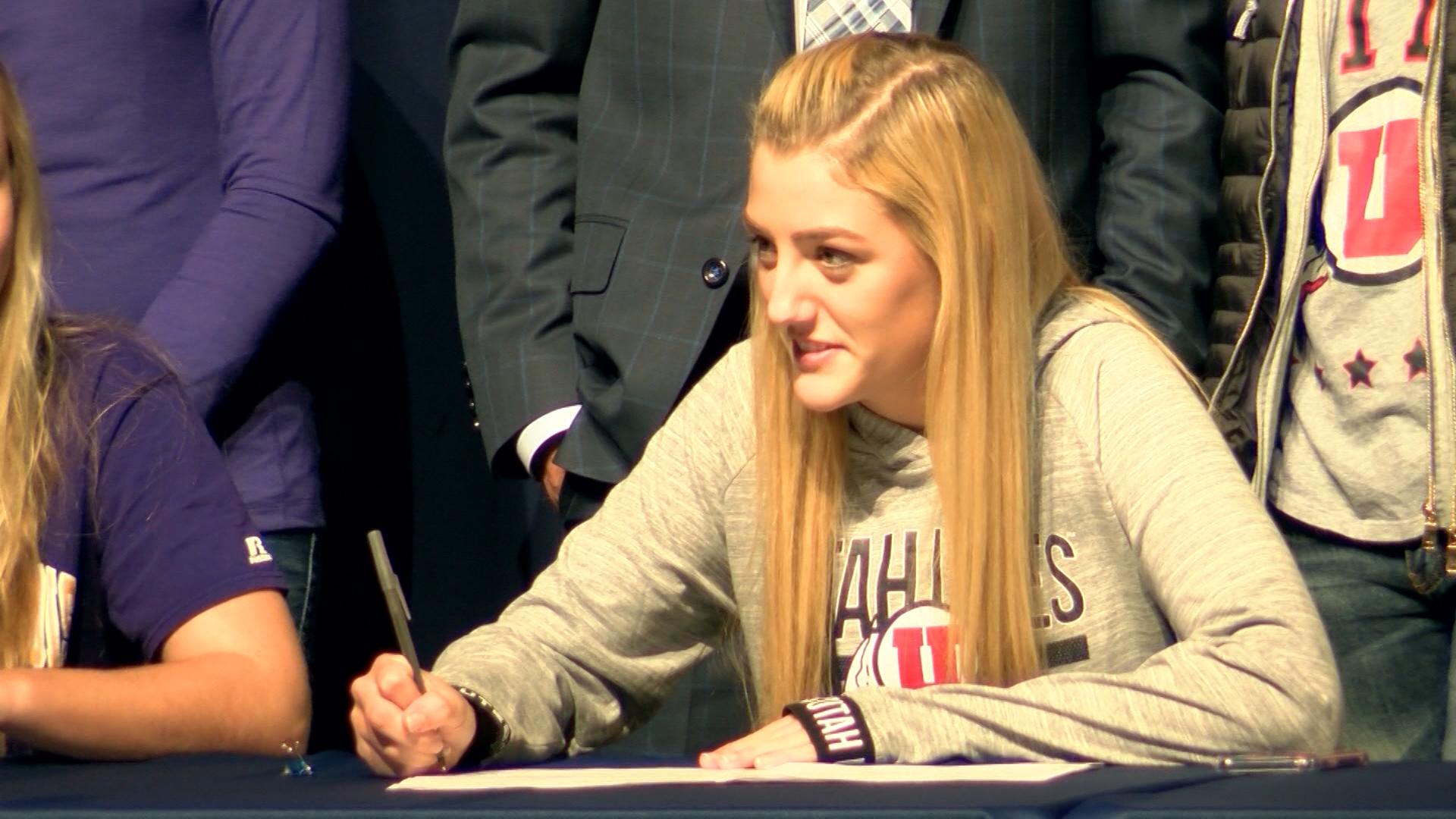 Madison Tattini signs with Utah_1510809363180.jpg