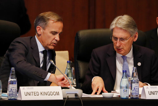 Mark Carney, Philip Hammond