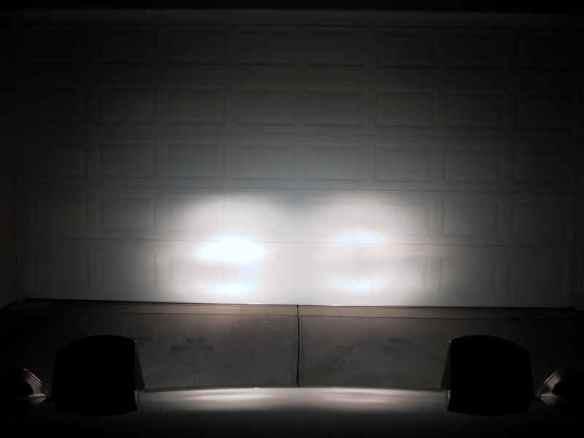 Driving lights illustration 1