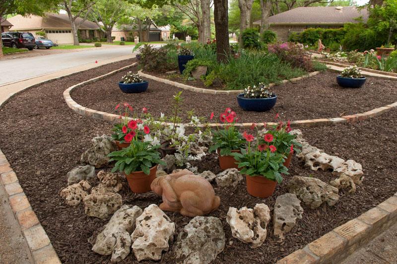 Front yard makeover no grass: Doris Reagan | Central Texas ... on No Grass Backyard  id=32394
