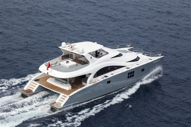 Main image of SKYLARK yacht