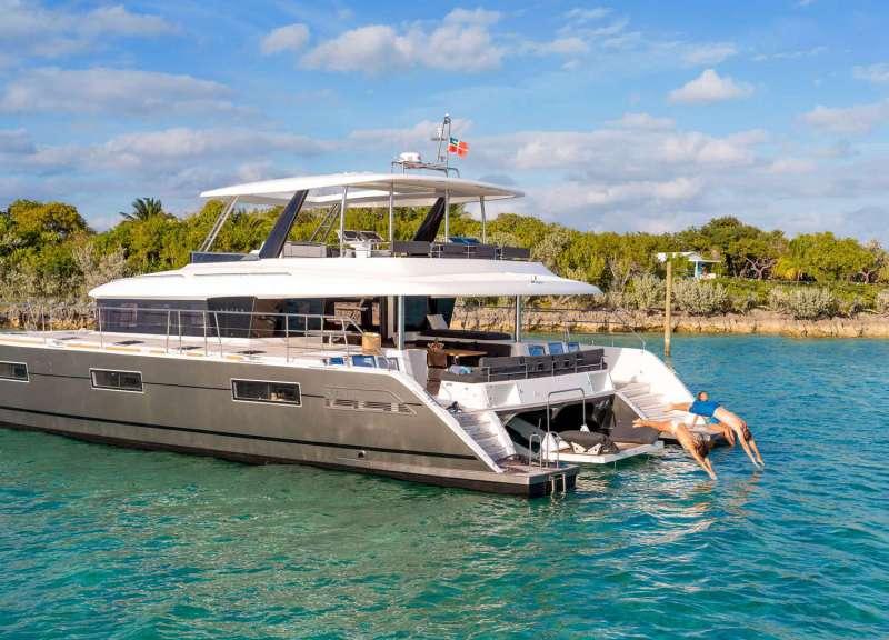 ULTRA yacht main image