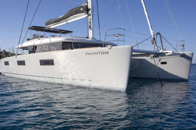 PHANTOM yacht main image