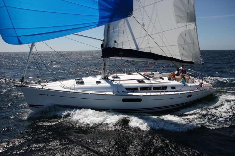 Emilia yacht main image