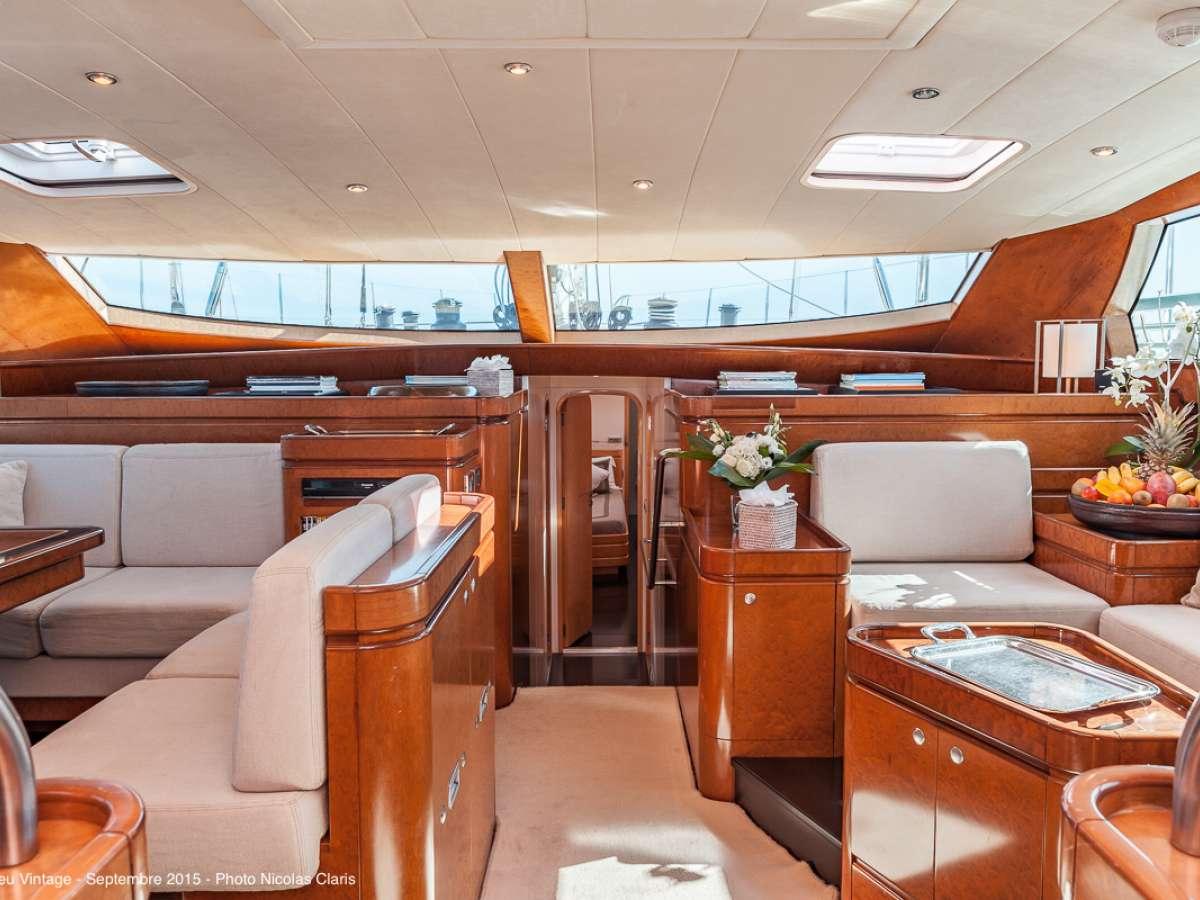Image of GRAND BLEU VINTAGE yacht #12