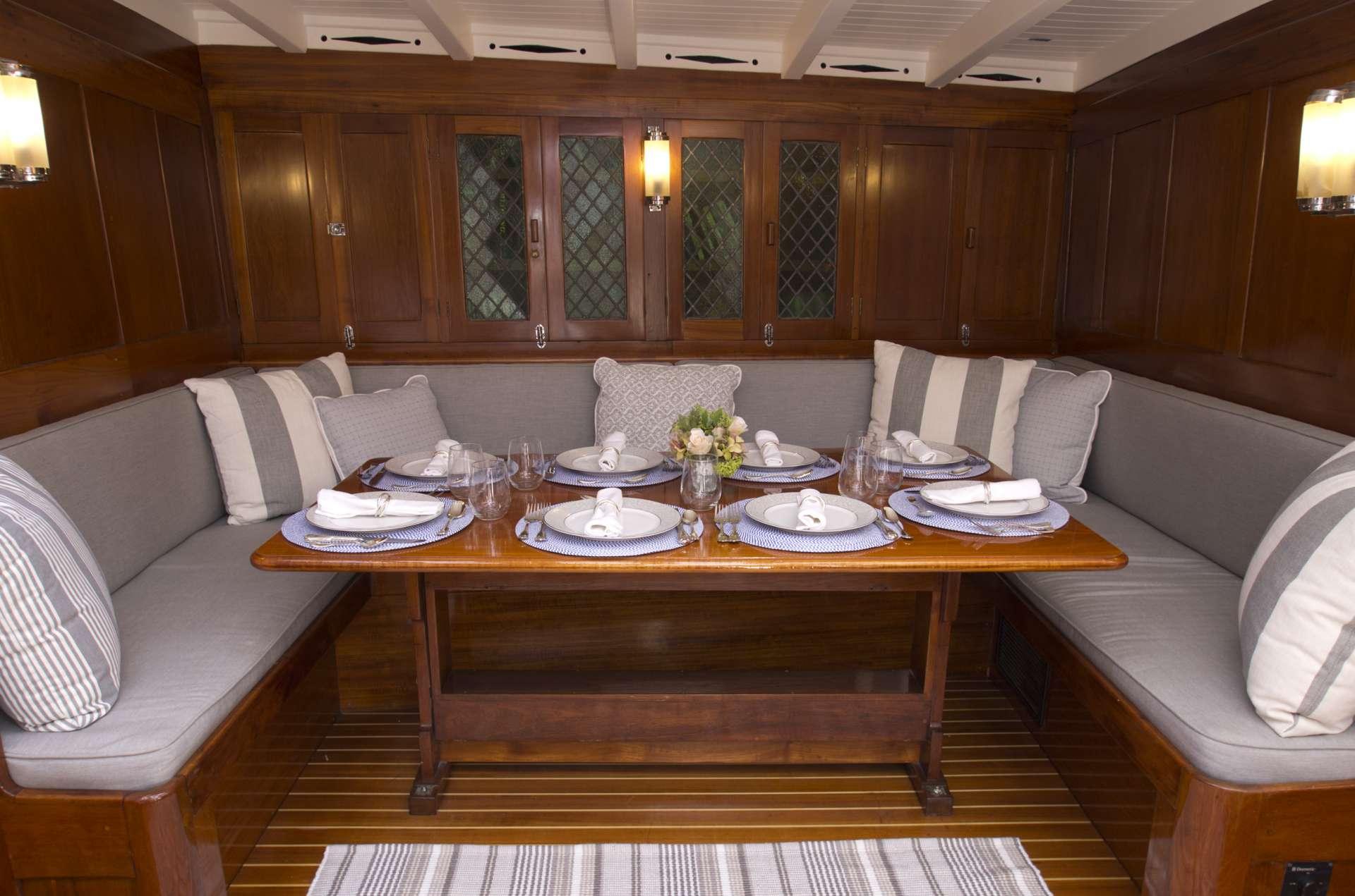 Image of EROS yacht #2