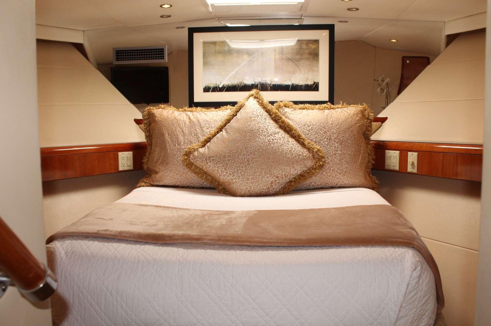 Image of ISLAND GIRL yacht #9