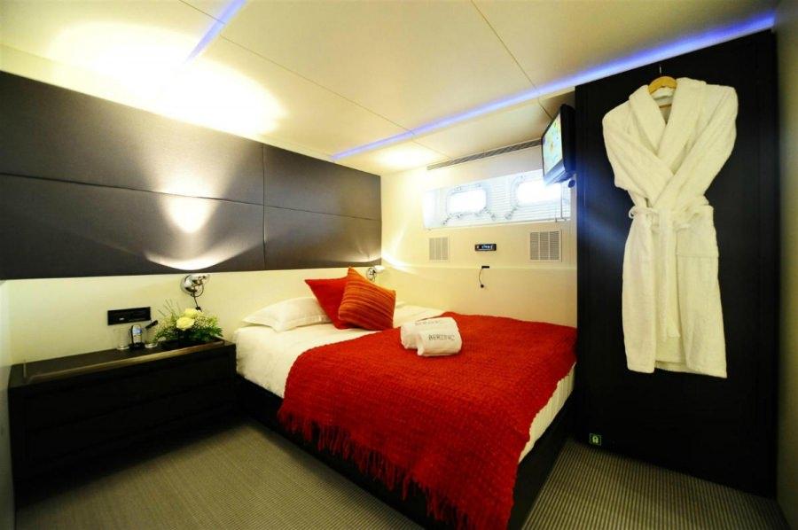 Image of BERZINC yacht #8