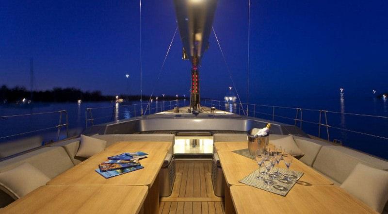 Image of DARK SHADOW yacht #11