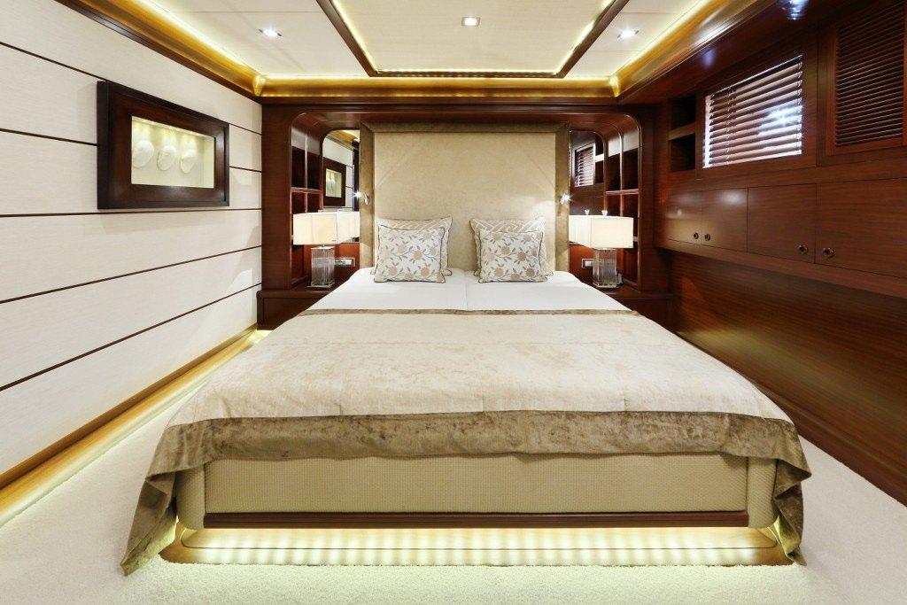 DAIMA yacht image # 14