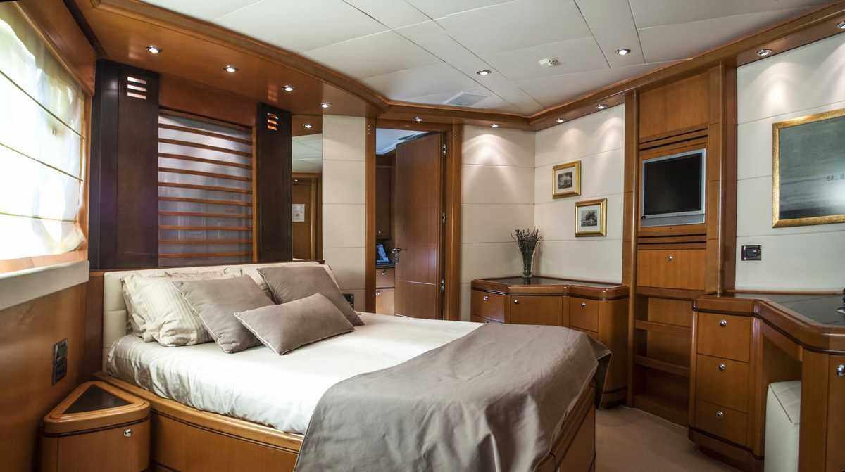ARIELA yacht image # 7
