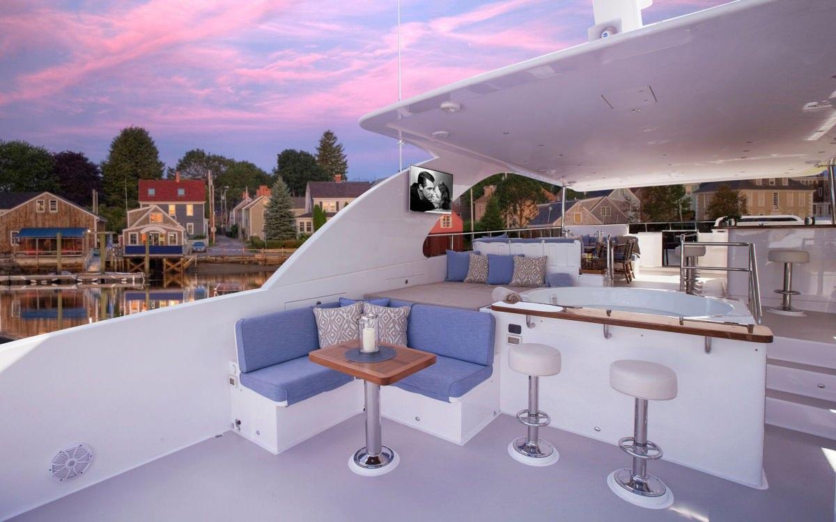RENAISSANCE yacht image # 10