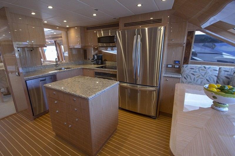 IRRESISTIBLE yacht image # 15