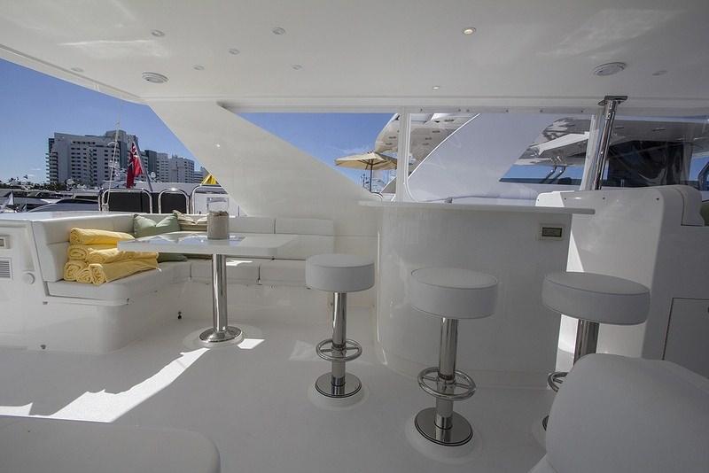 IRRESISTIBLE yacht image # 3