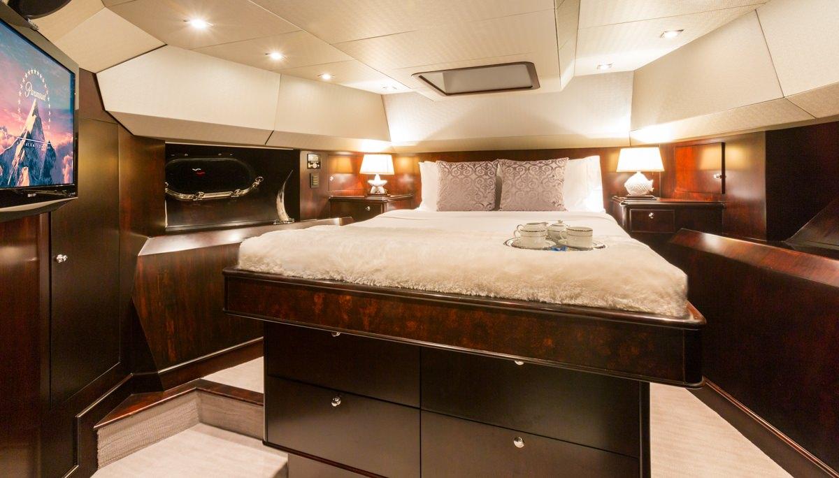 Image of UNBRIDLED yacht #9