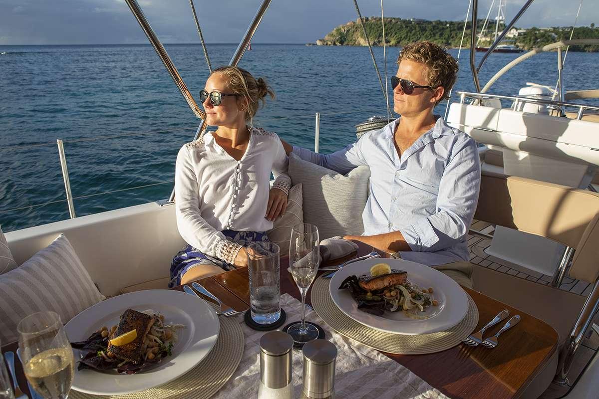 Image of DAMA DE NOCHE yacht #13