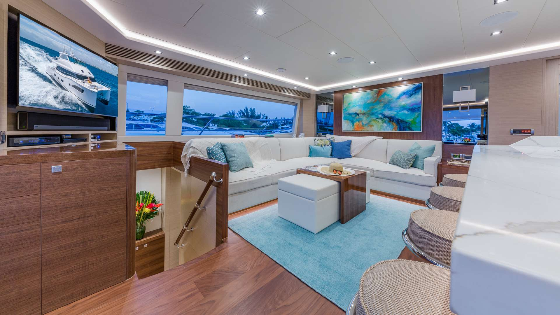 MUCHO GUSTO yacht image # 1