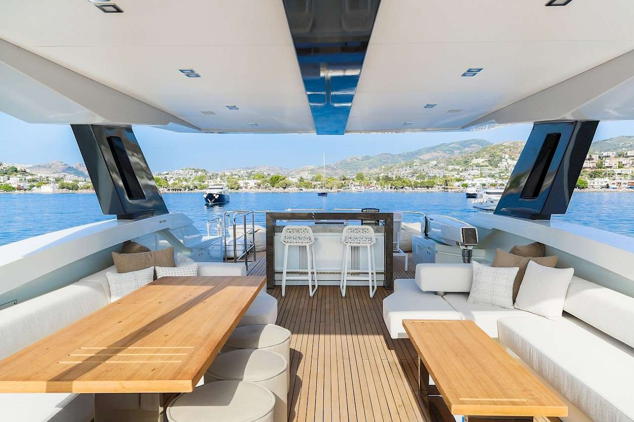 Image of LARA yacht #11