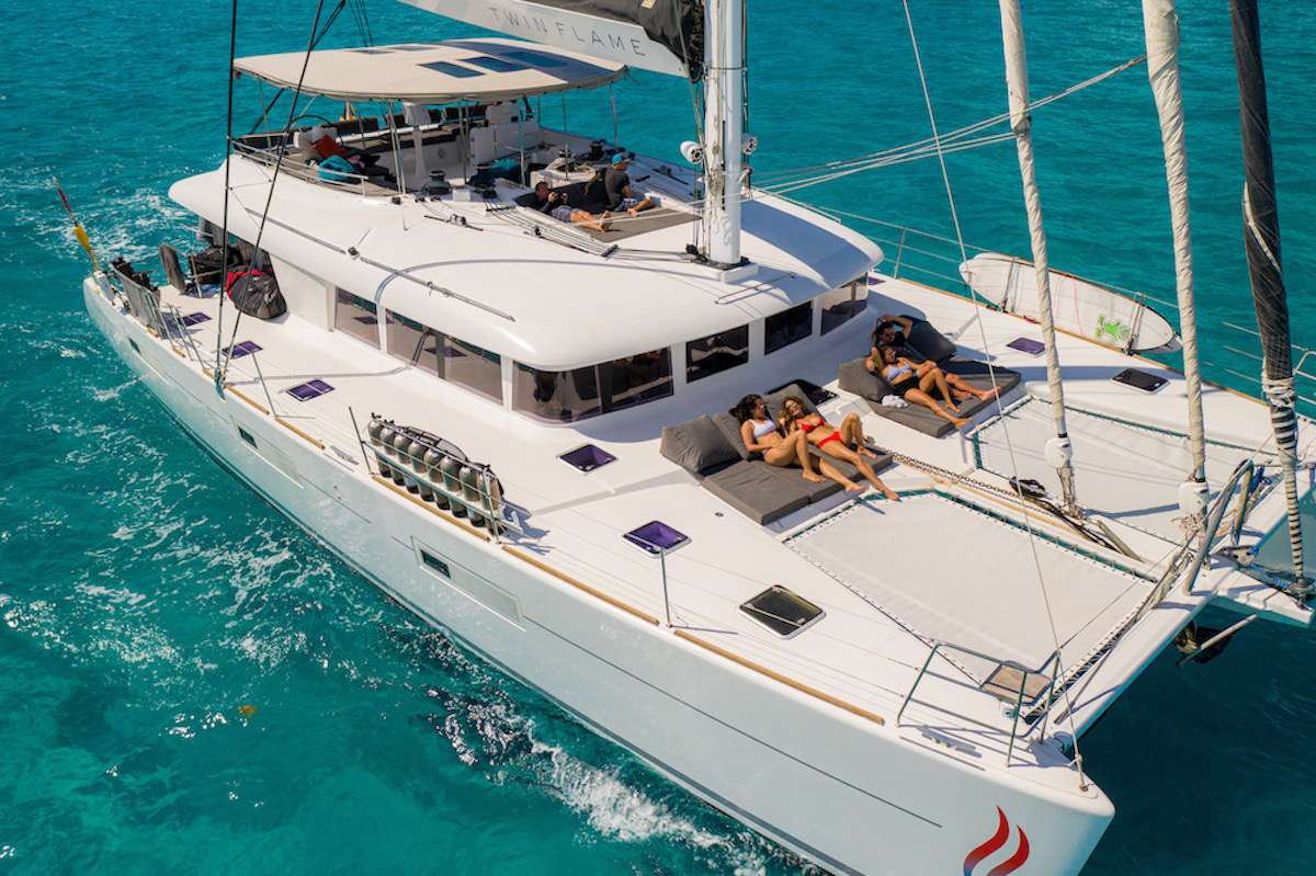 Image of TWIN FLAME yacht #15