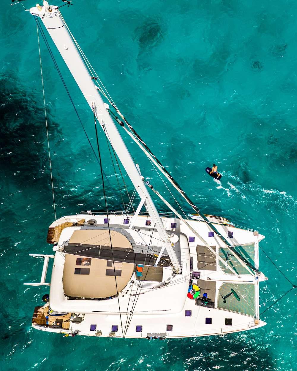SPLIT SECOND yacht image # 15