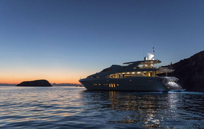 Image of RINI V yacht #19