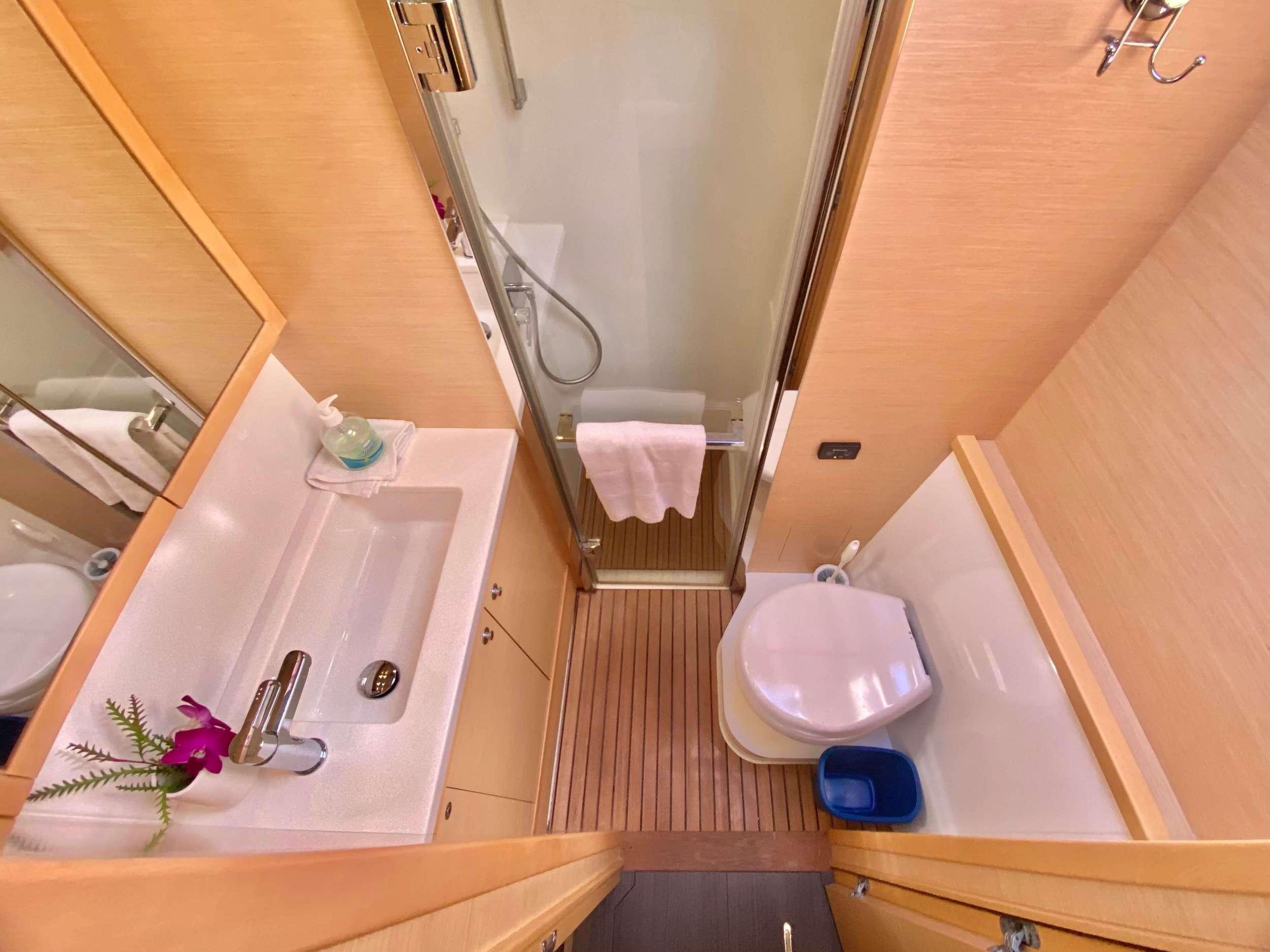 Image of VENTANA yacht #16