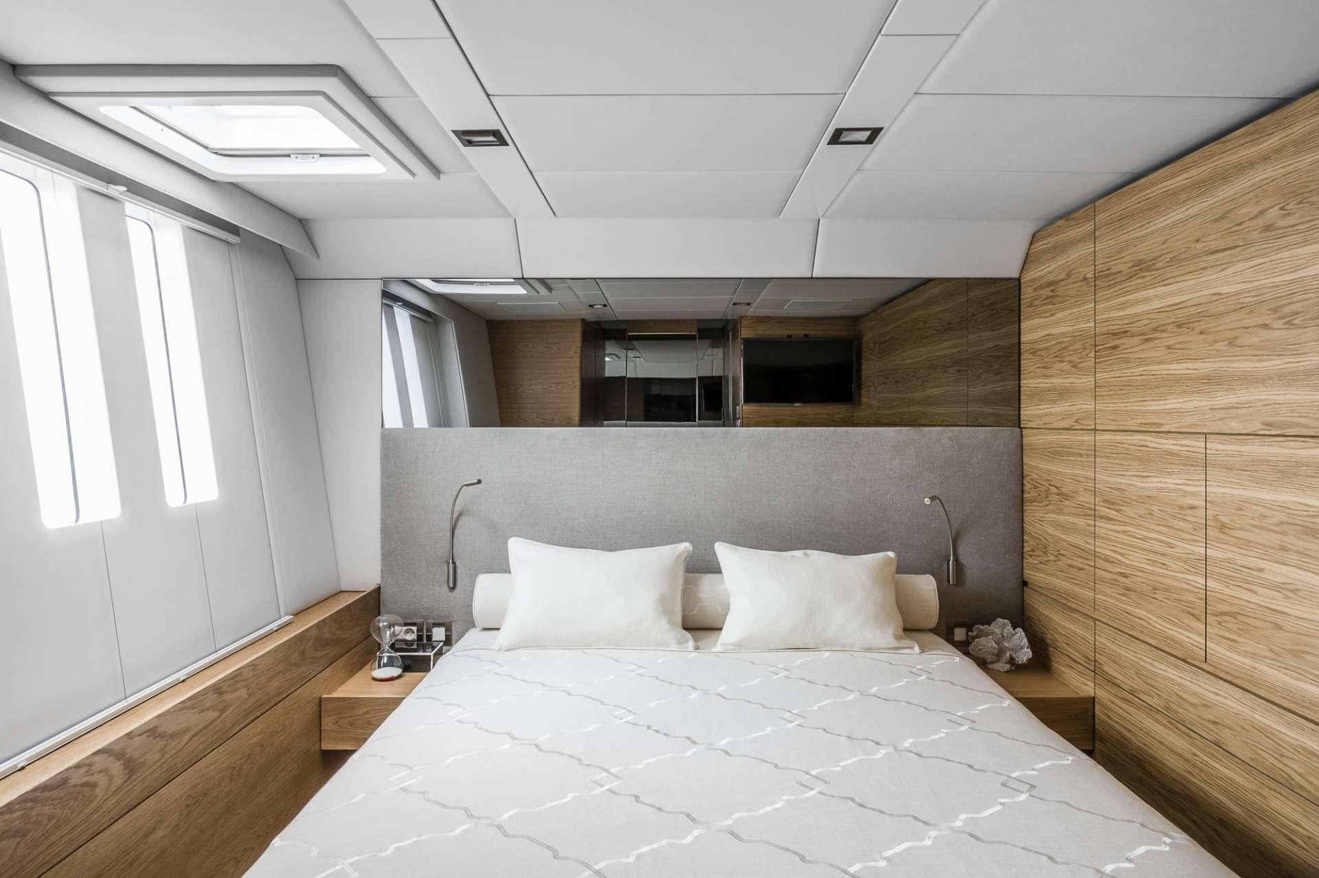 Image of CALMAO yacht #10