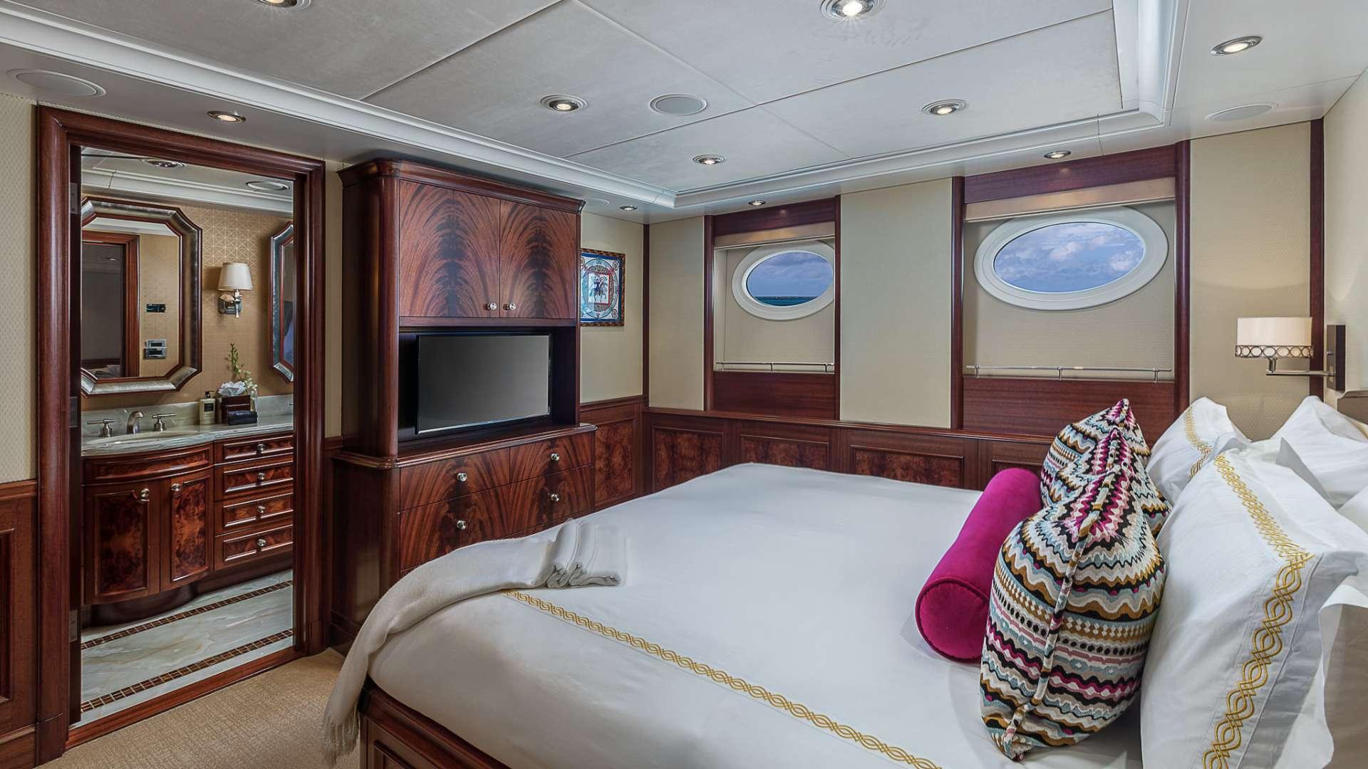 AVALON yacht image # 12