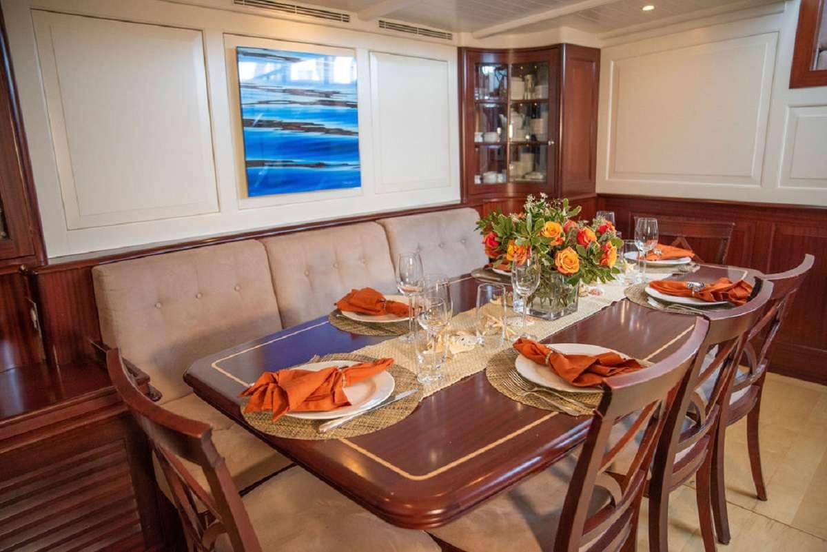 Image of Aurelius 111 yacht #3