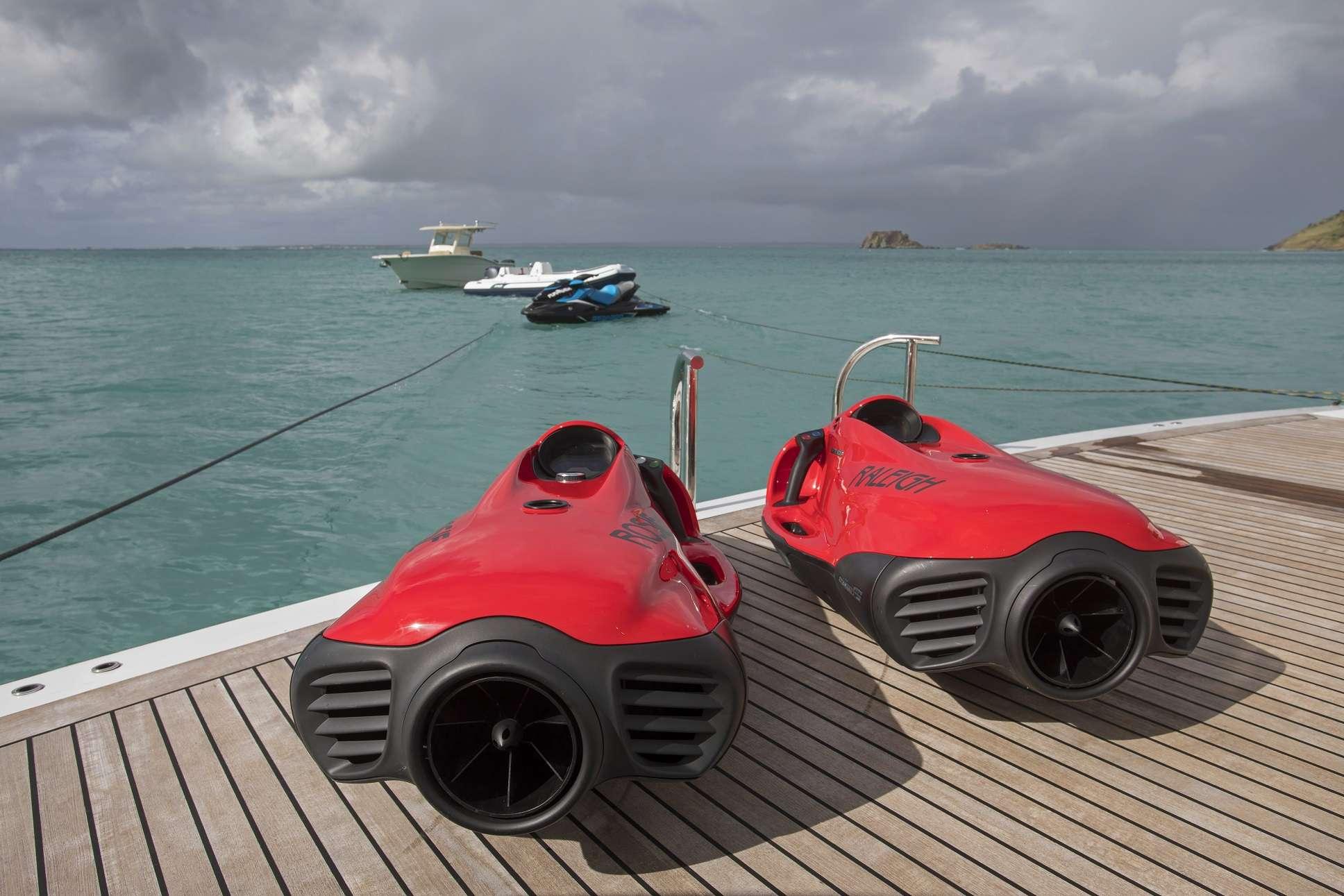 Image of Pura Vida yacht #15