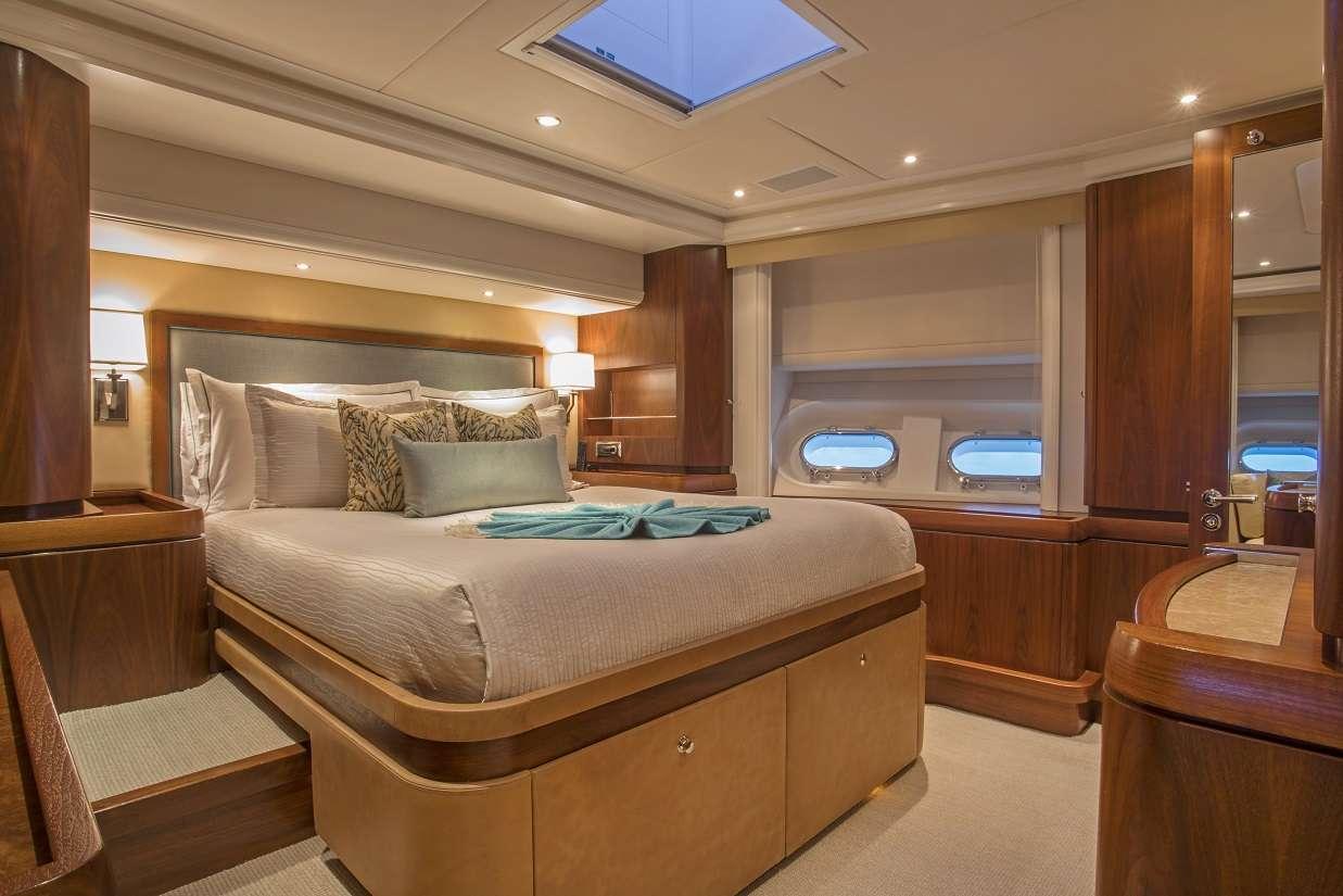 Image of Pura Vida yacht #6