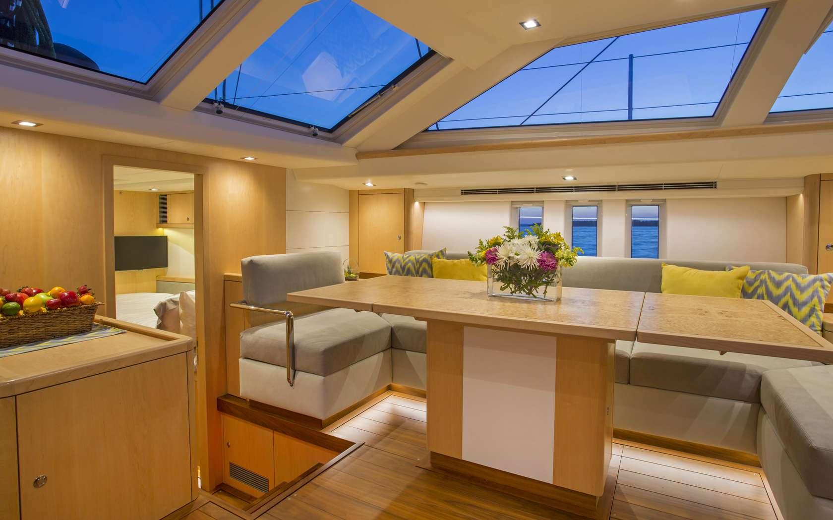 GRAYCIOUS yacht image # 2