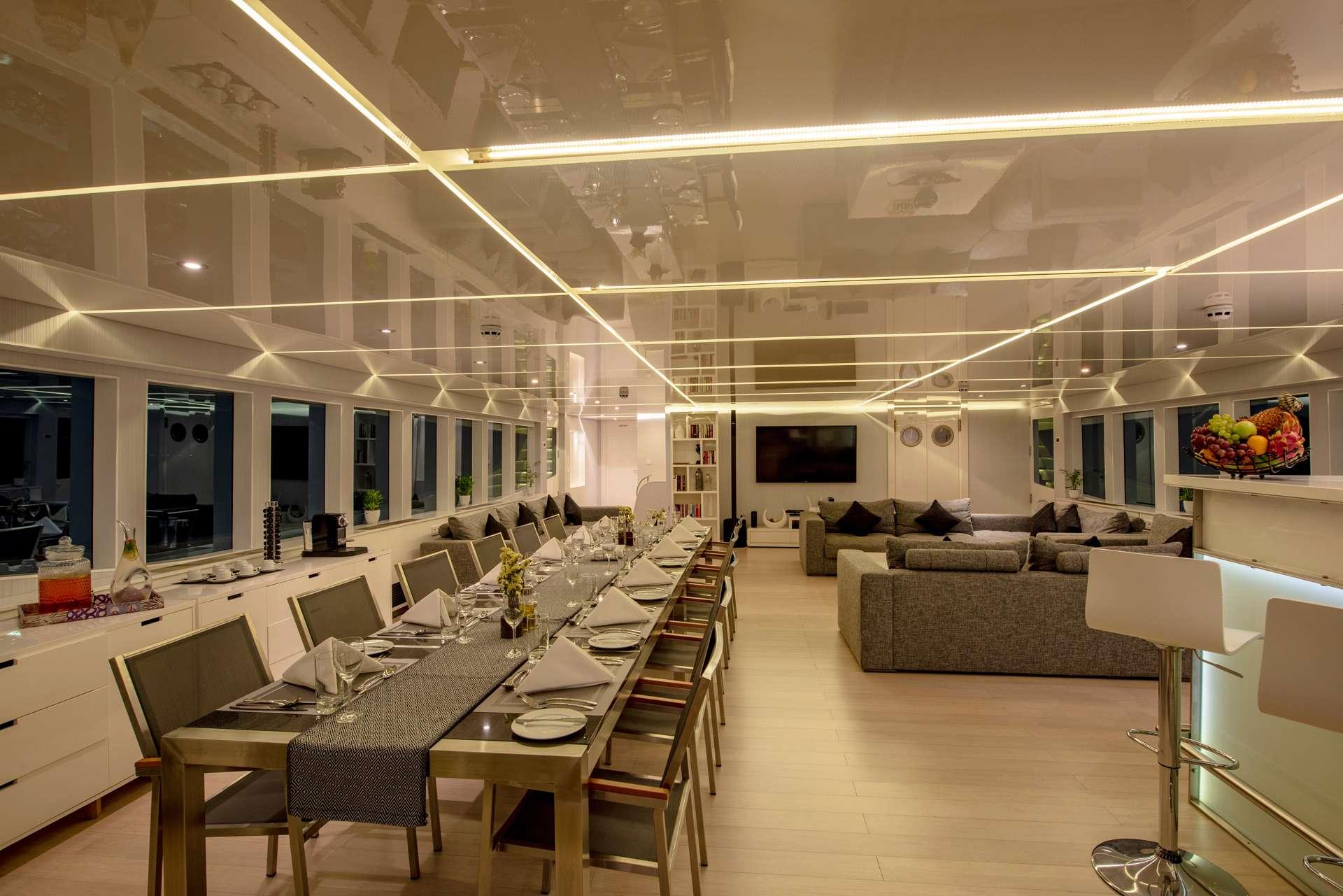 Image of SEAREX yacht #3