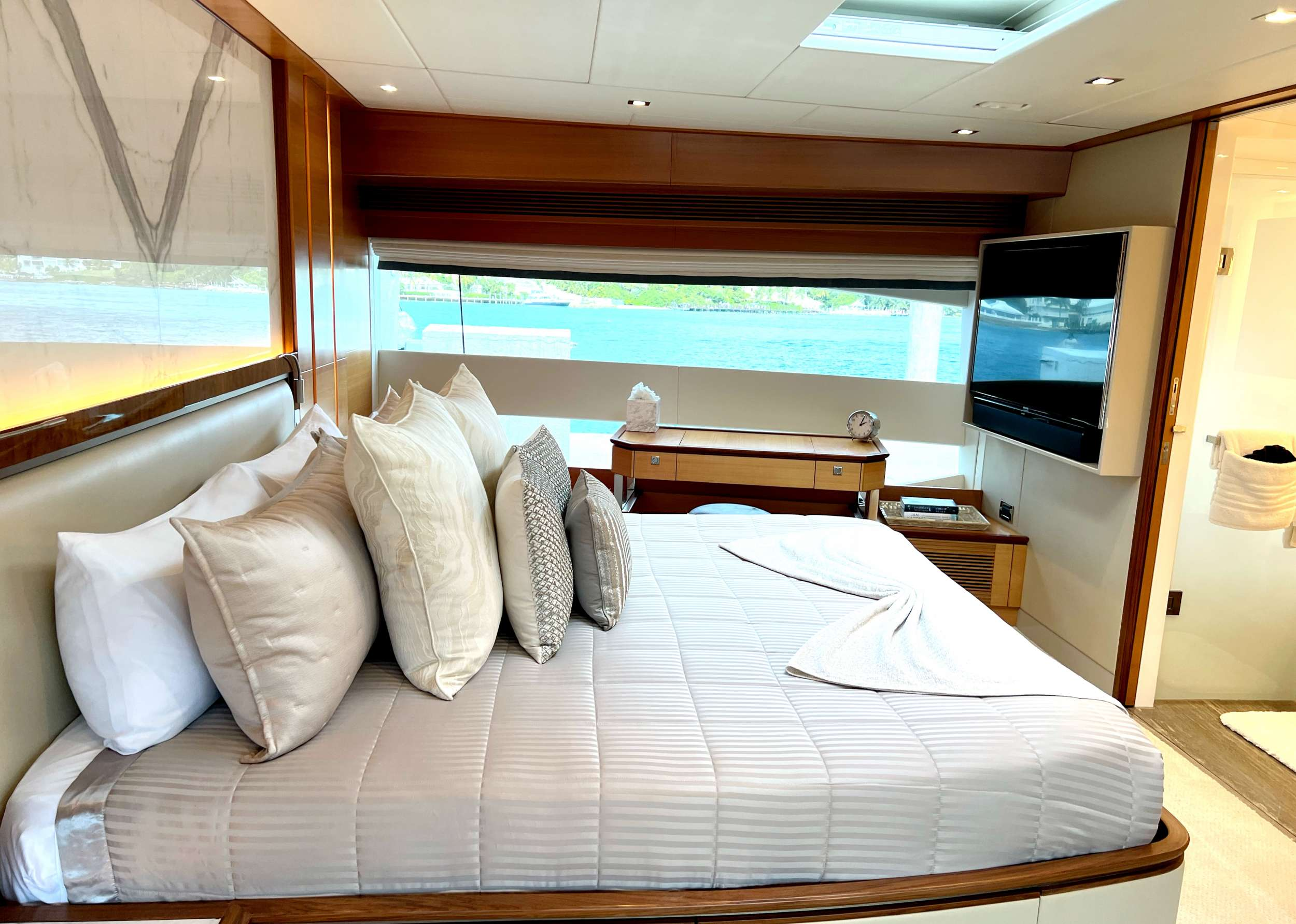 Image of SEAGLASS 74 yacht #6
