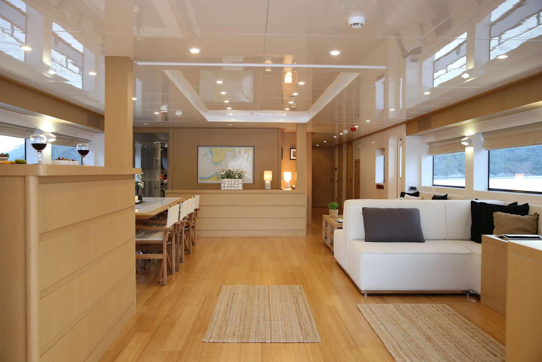 OTTAWA yacht image # 12