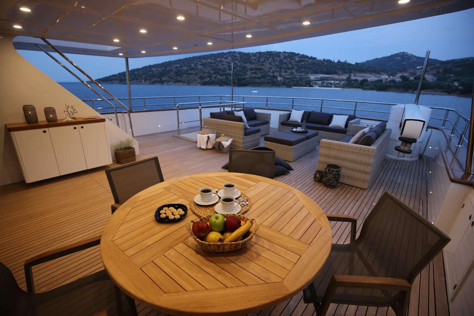 OTTAWA yacht image # 4