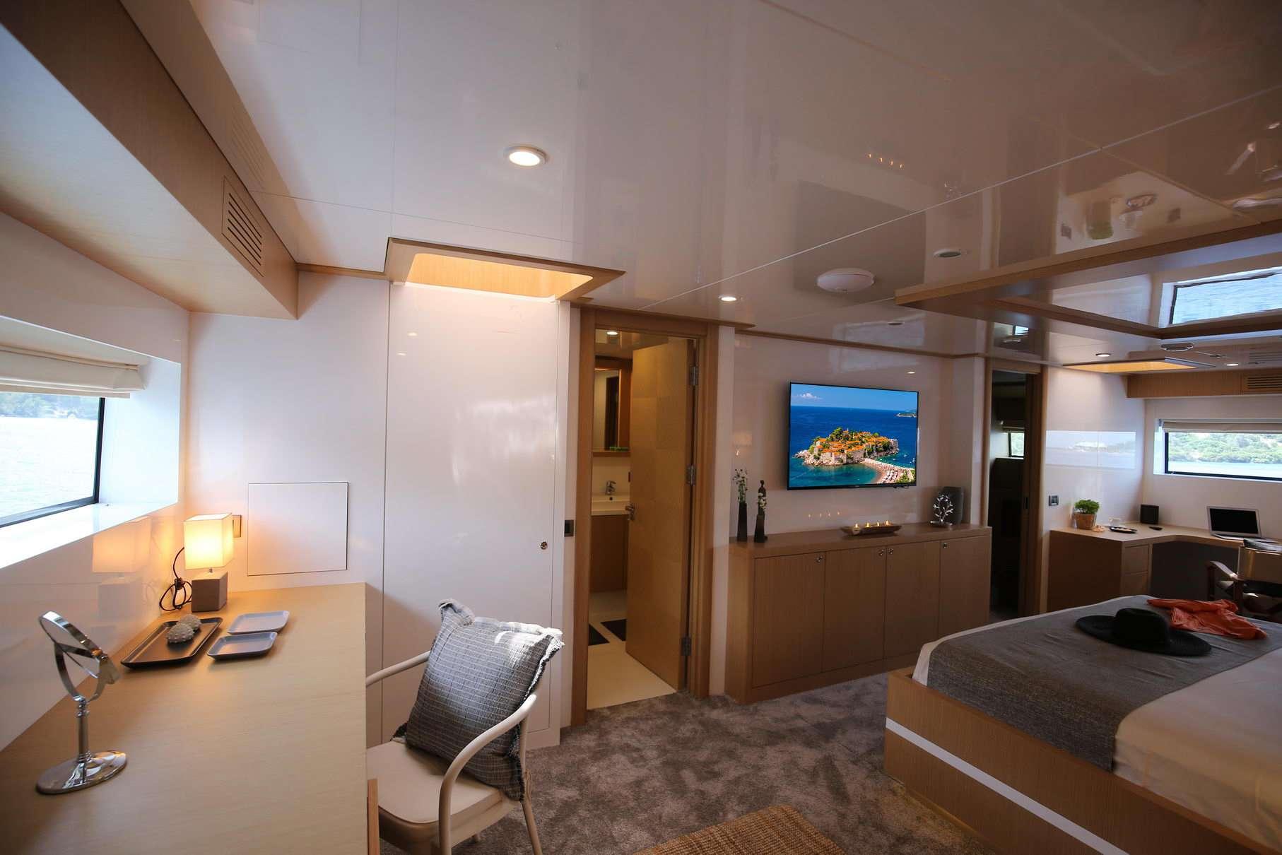 OTTAWA yacht image # 6