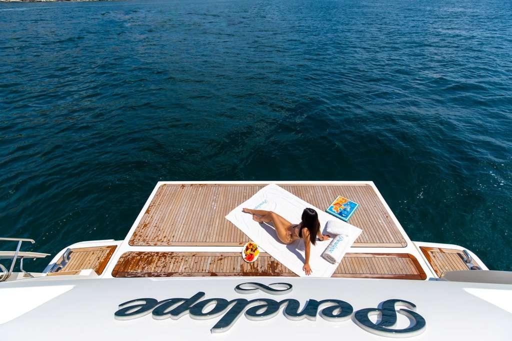 Image of Penelope yacht #13