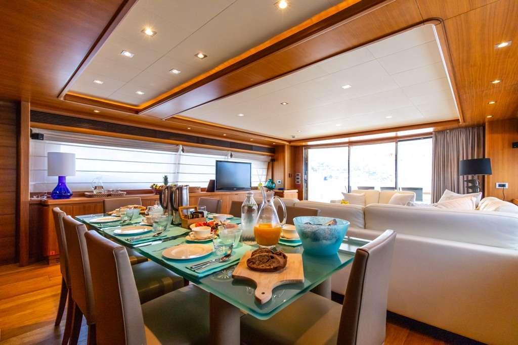 Image of Penelope yacht #3