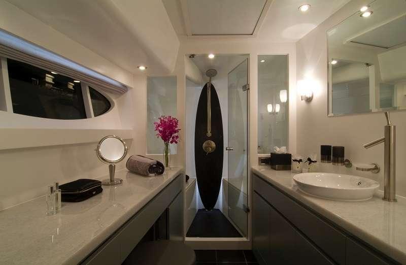 BLUE HORIZON yacht image # 7