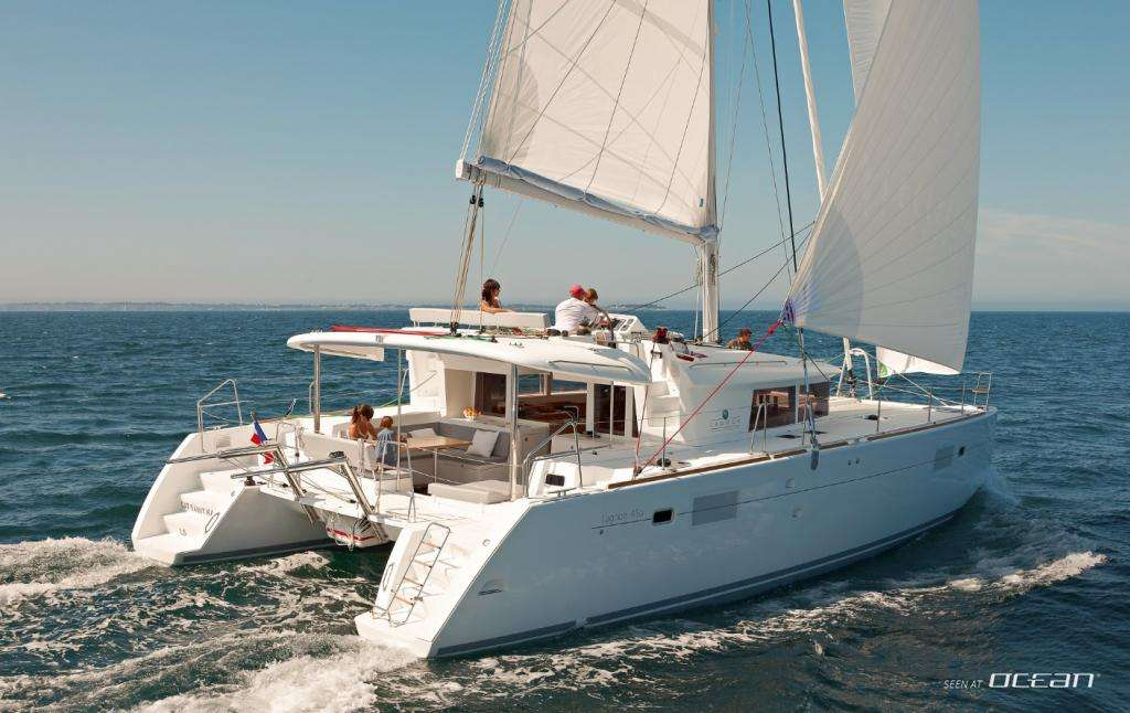 AQUA yacht main image