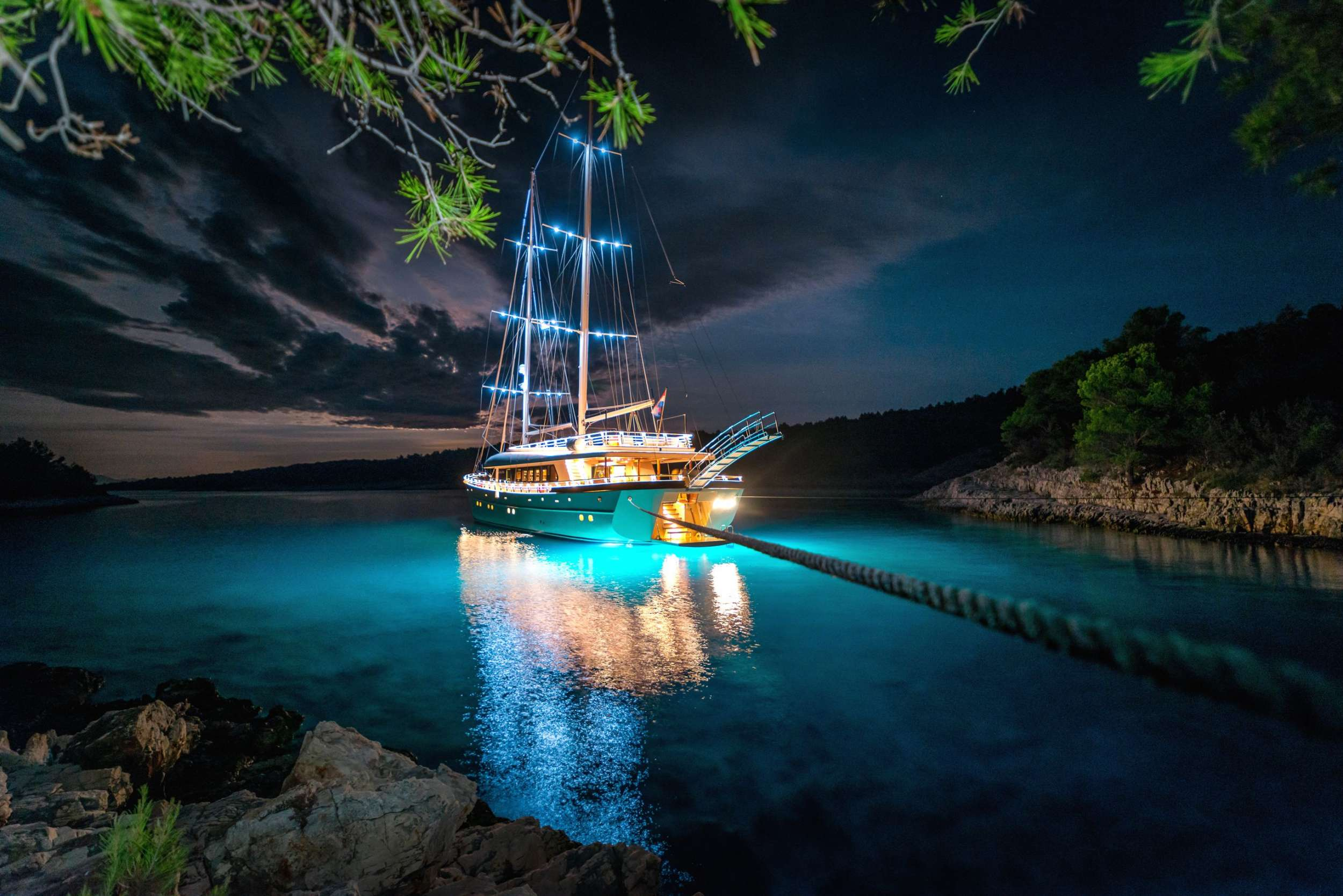 Image of SON DE MAR yacht #19