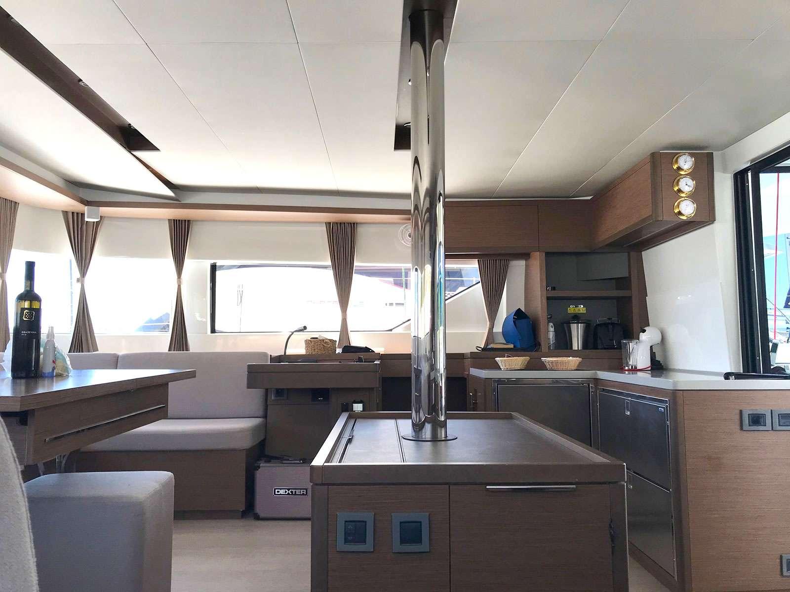 Image of KATKA (Lagoon 50) yacht #2